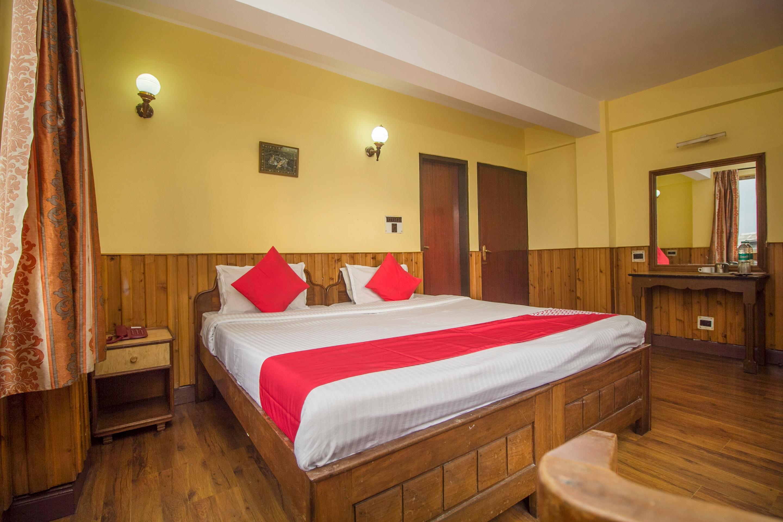 OYO 19940 Roma Holiday Inn