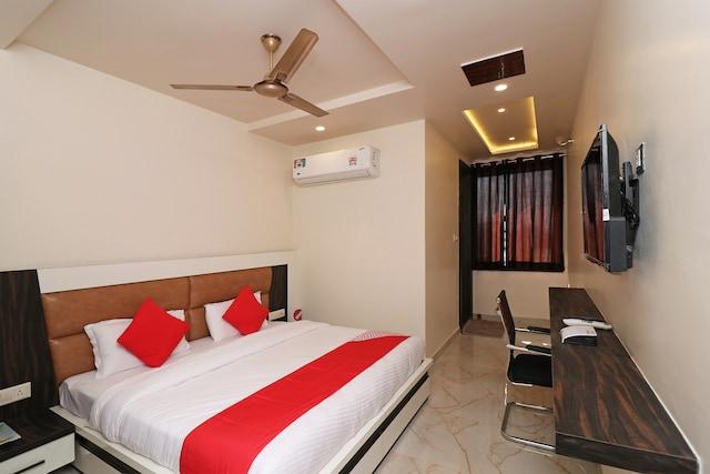 Capital O 19955 Hotel Krishnandan