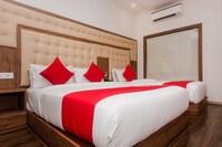 OYO 22039 Hotel Bkc Grand Deluxe