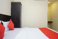OYO 22041 Jijau Residency