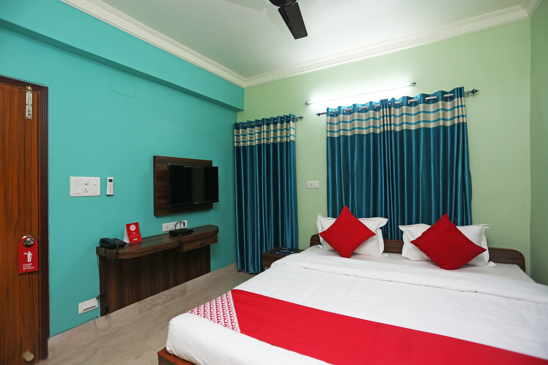 OYO 22042 Executive Guest House