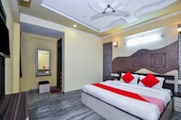 OYO 22052 Hotel Kingdom Palace