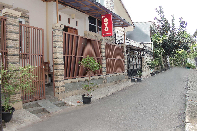 OYO 152 O2 Residence