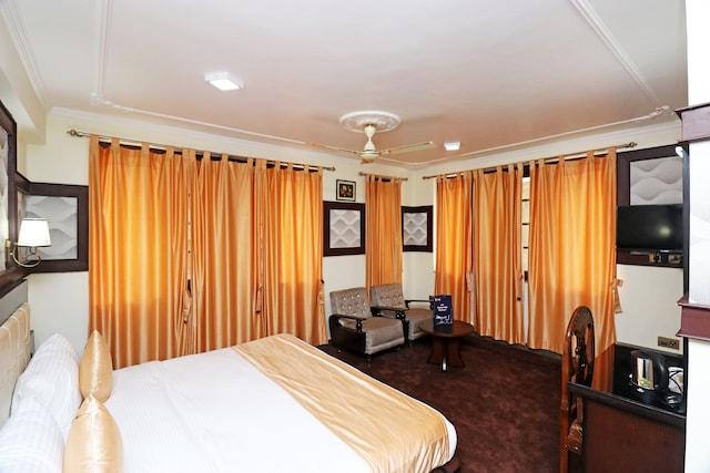 OYO 22081 Hotel Shree Mazda