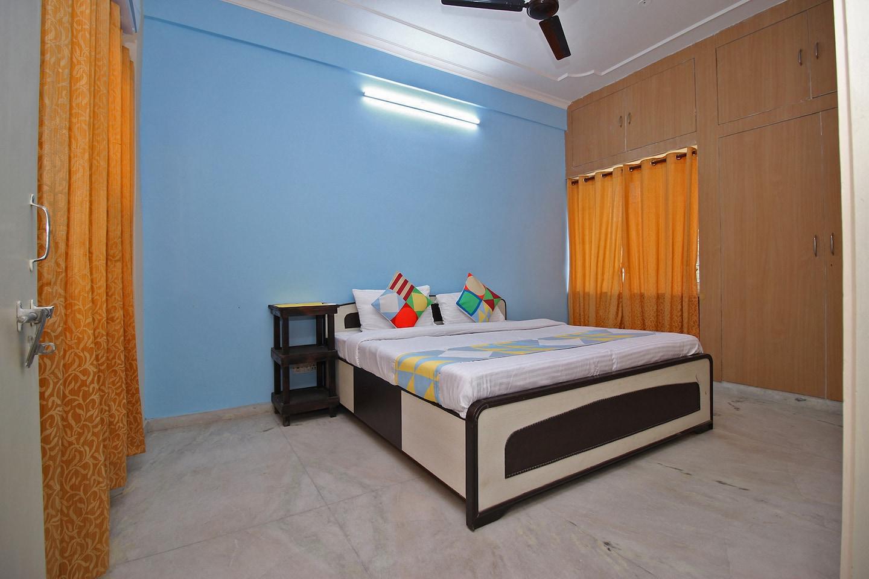 OYO Home 22091 Spacious 2BHK -1