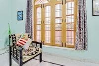 OYO Home 22092 2BHK Sahastradhara Road