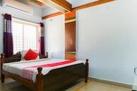 OYO 22101 Shree Raksha Comfort