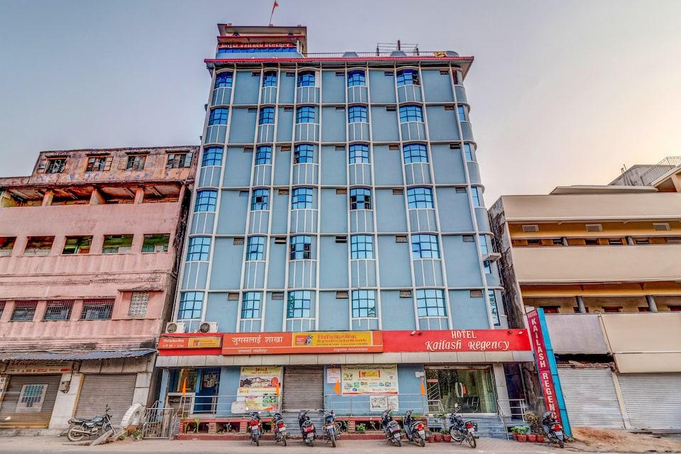 SPOT ON 22114 Hotel Kailash Regency