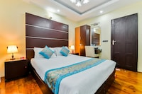 OYO 22118 Houseboat Swan 2 Bhk Private Deluxe