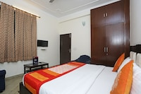 OYO 556 Hotel AVP Guest House