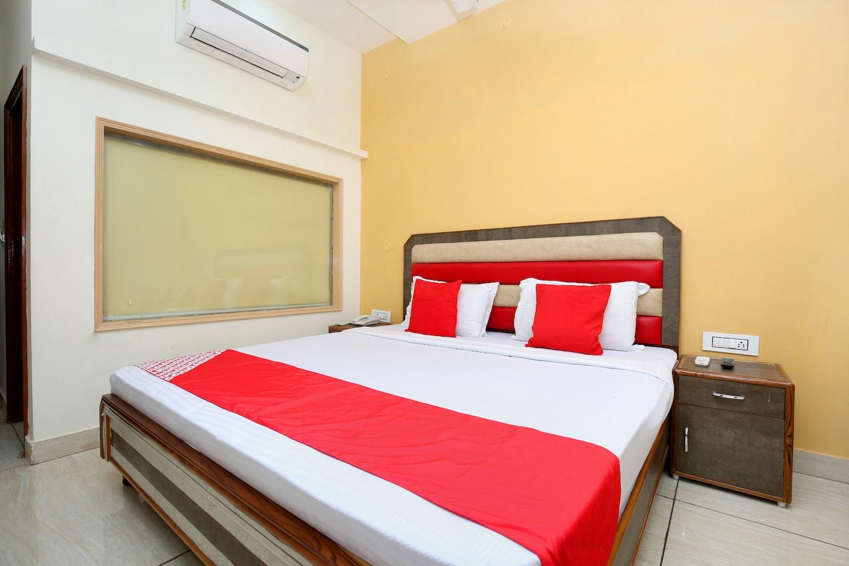 OYO 22238 Hotel Baaz -1