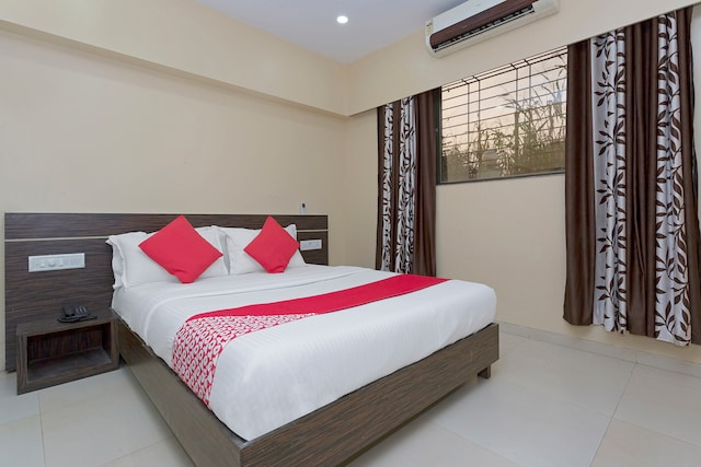 OYO 22290 Hotel Sunshine Residency