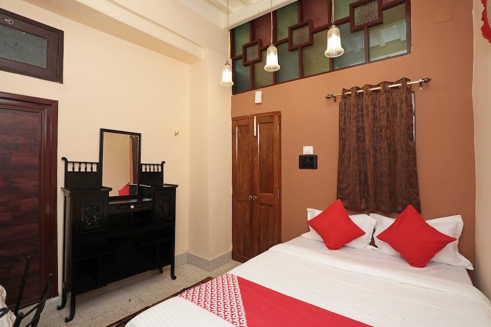 OYO 22297 Hotel 86b