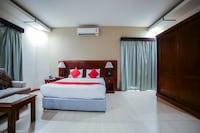 OYO 130 Night Inn Hotel