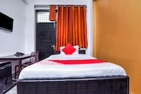 OYO 22321 Nitin Palace Guest House Saver
