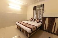OYO 22322 Shubham Palace