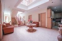 OYO 162 Ms Residence