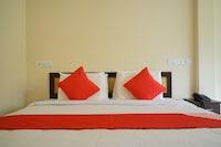 OYO 22426 Manha Residency