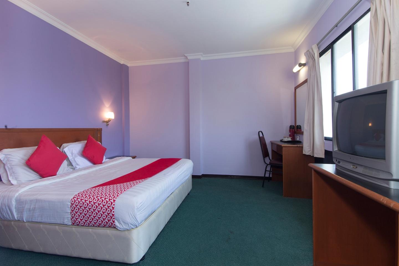 OYO 472 Comfort Hotel 1 -1