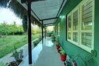 OYO 22437 Jungle Hut