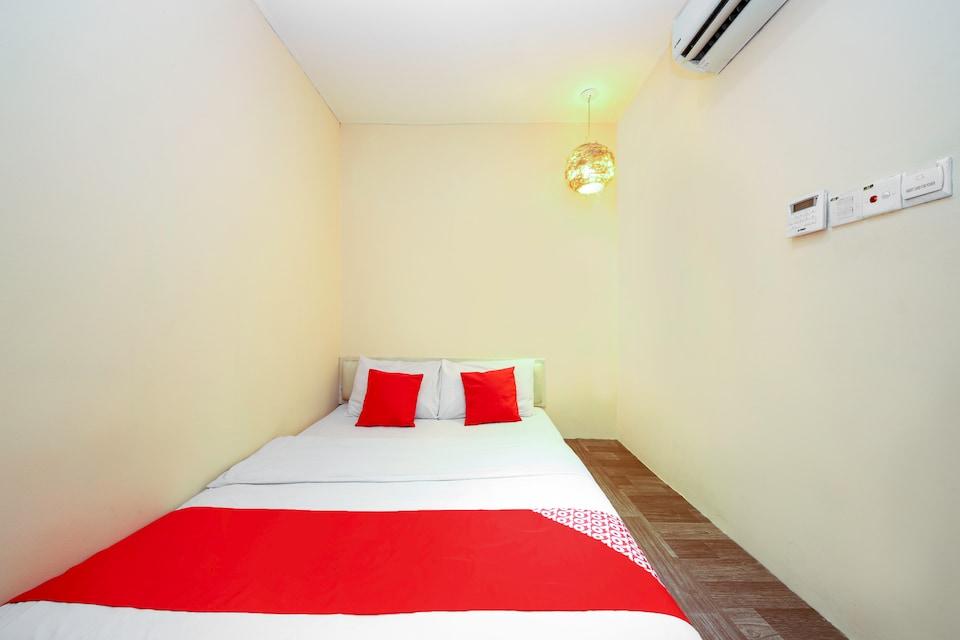 OYO 479 The Green Hotel