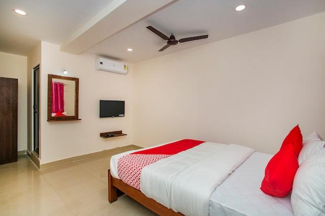 OYO 22490 Hotel Paradise Inn