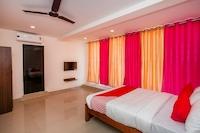 Capital O 22490 Hotel Paradise Inn