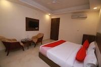 OYO 22494 Hotel Milan