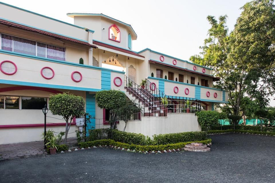 OYO 22504 Fun And Food Holidays & Resort