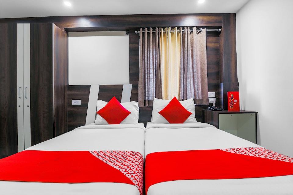 OYO Flagship 22529 Elegance Inn