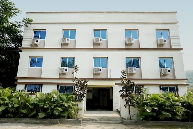 OYO 22558 Hotel Karan International