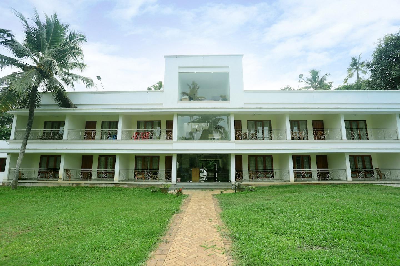 OYO 22567 Travancore Island Resort -1