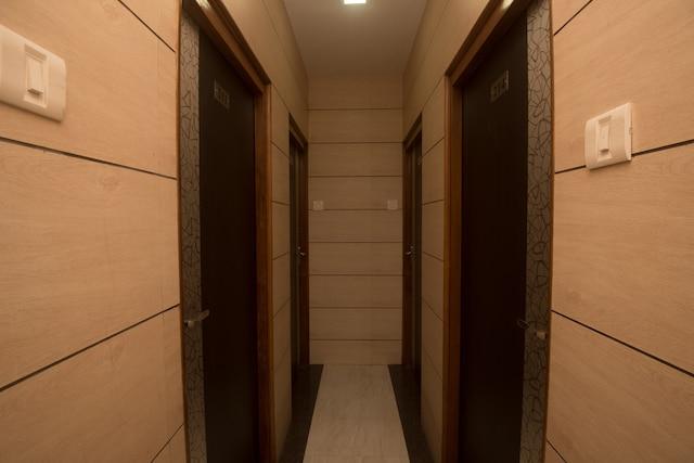 OYO 22625 Hotel Kuber