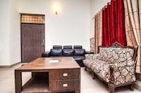 OYO Home 22637 Luxury Villa