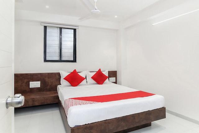 OYO 22650 Ashirwad  Lodge