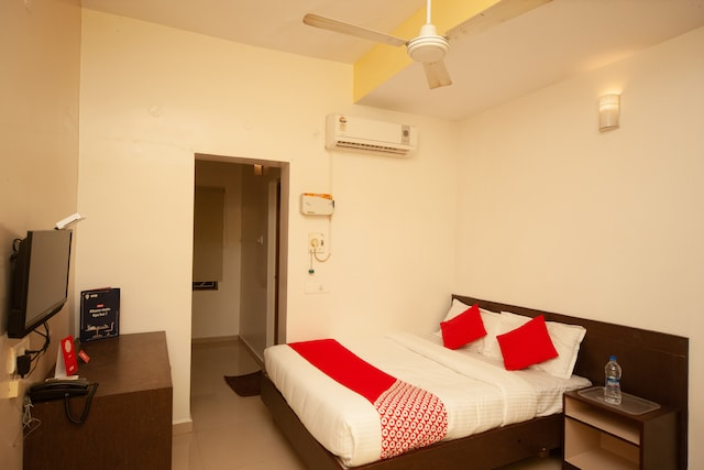 OYO 22669 Sunflower Residency