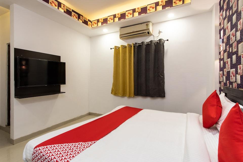 OYO22734 HOTEL AARAV 94, Vijay Nagar Indore, Indore