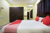 OYO 22736 Anuguna Tulasi Grand