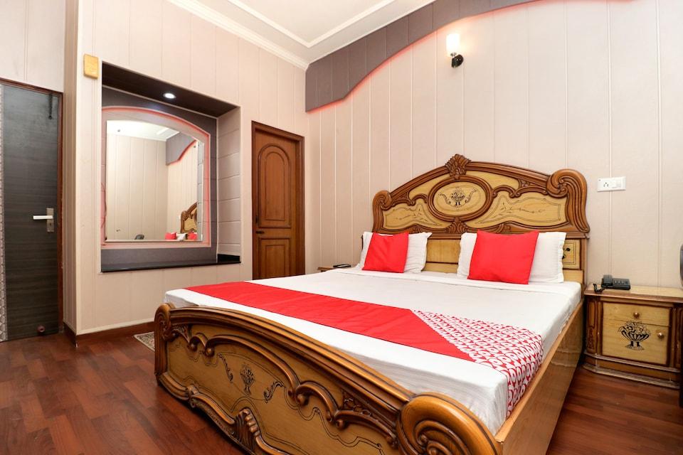 OYO 22774 Kumar Hotel