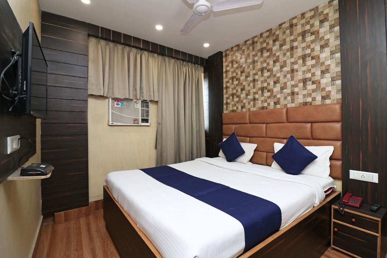 OYO 20033 SilverKey Hotel Mannat International -1