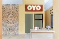 OYO 179 68 Residence
