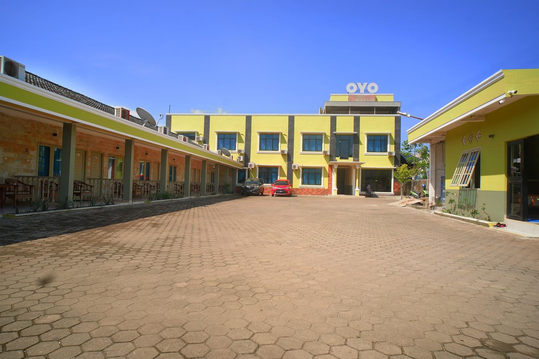 OYO 182 Nugraha Residence -1