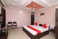 OYO 22872 Hotel Shivam Fort View