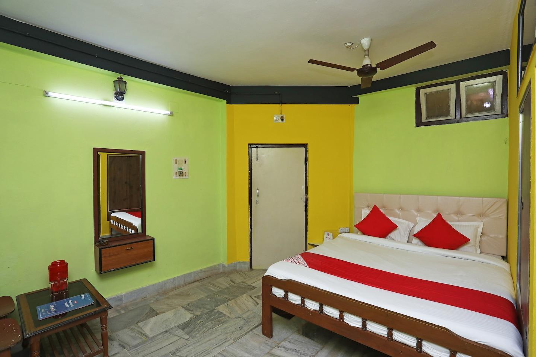 OYO 22892 Hotel Divine -1