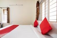 OYO 22900 Sri Sai Suites Saver