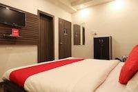 OYO 22903 Sukoon Service Apartments
