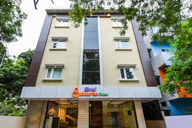 OYO 22922 Hotel Siddartha Grand