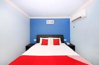 OYO 496 Hotel De Eco Inn