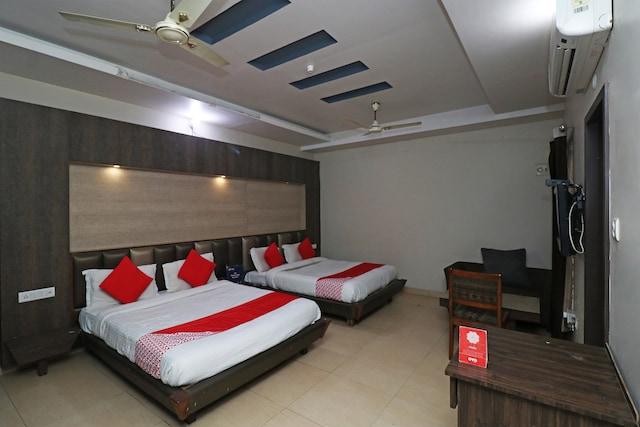 OYO 22946 Sbg Inn Suite