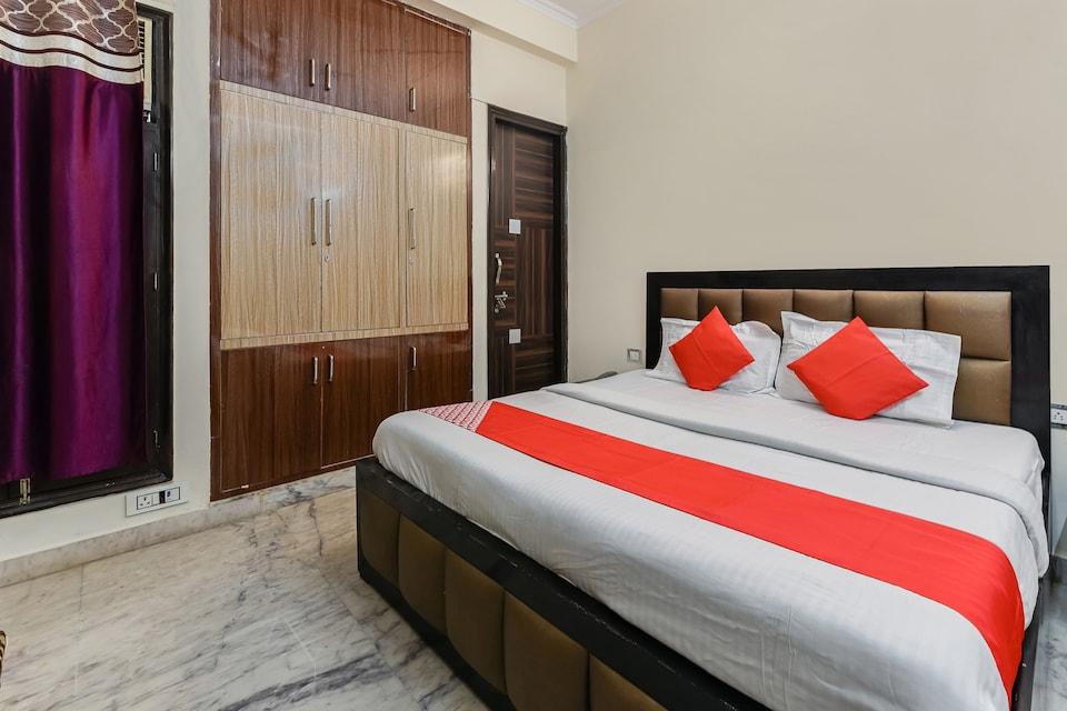 OYO 22968 Devanshi Residency